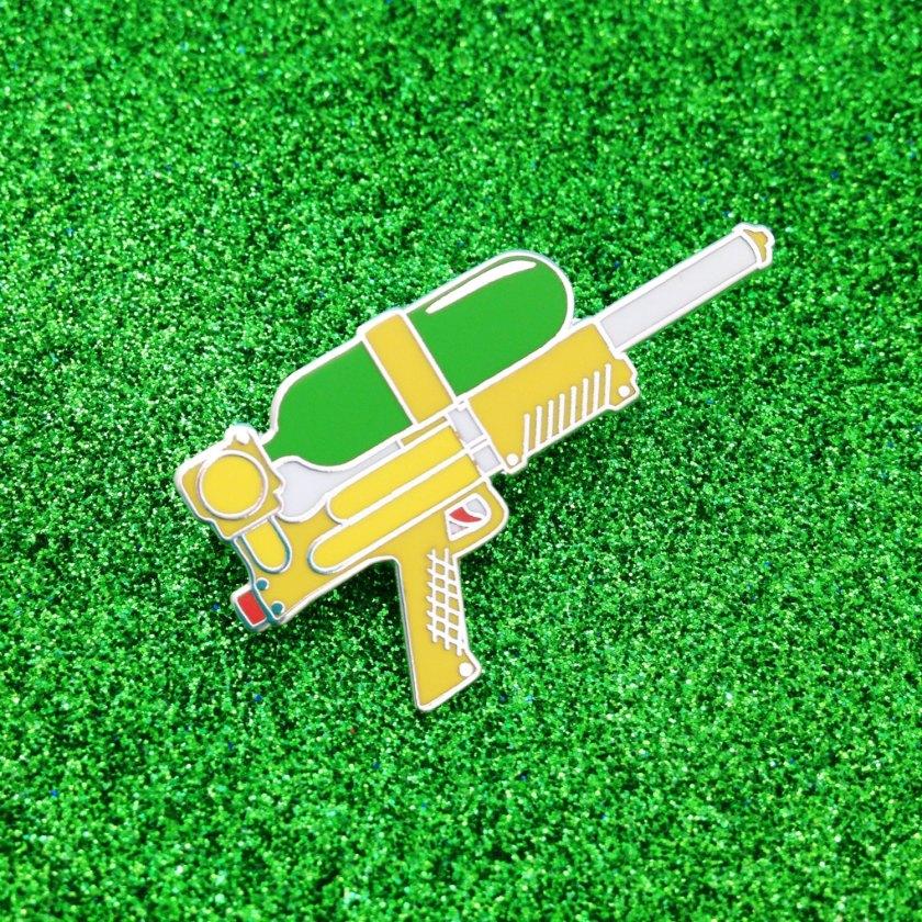 Pins - pistola de agua