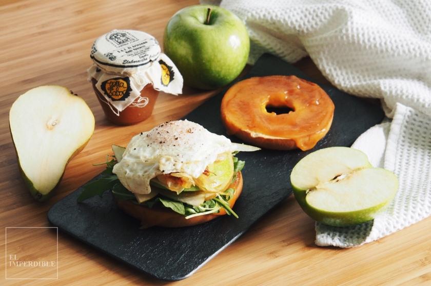 Receta bagel pera manzana huevo queso