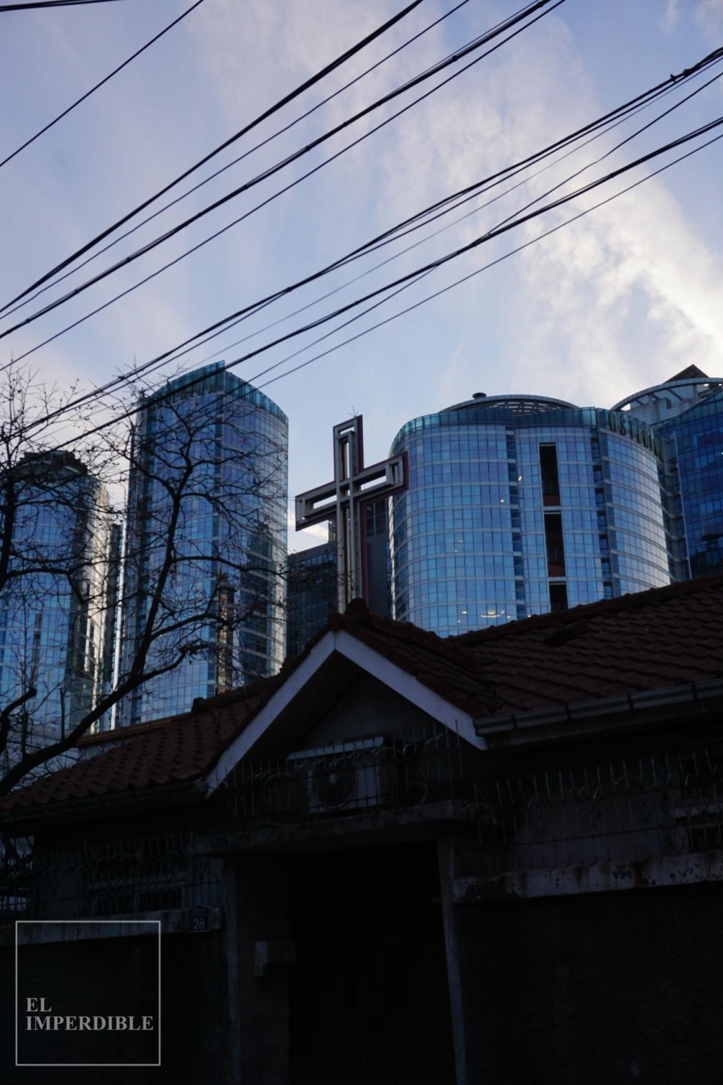 las estrambóticas iglesias de Seúl
