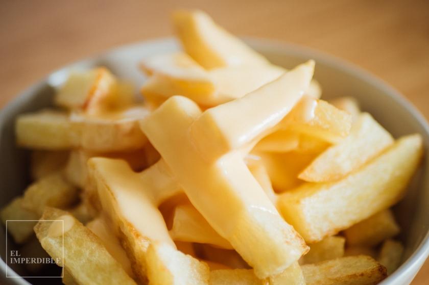 Cómo hacer las patatas fritas con salsa queso de Shake Shack en casa