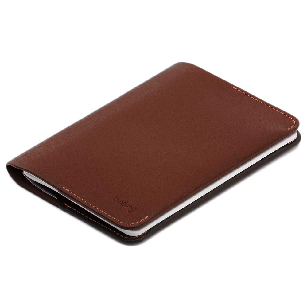 Bellroy Notebook Cover - Los mejores regalos de papelería para los que disfrutan escribiendo a mano