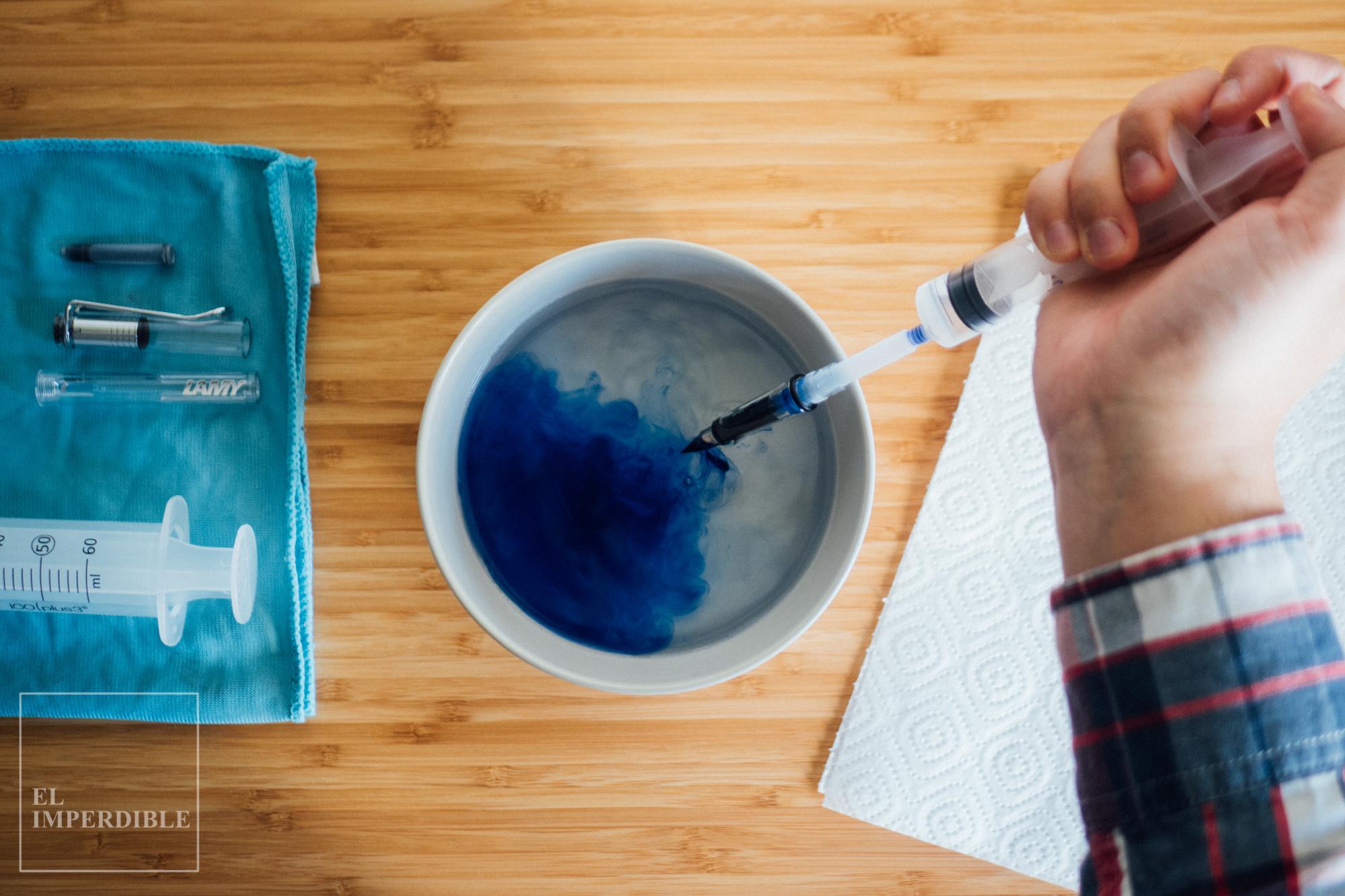 Cómo limpiar una pluma estilográfica desatascar la tinta seca