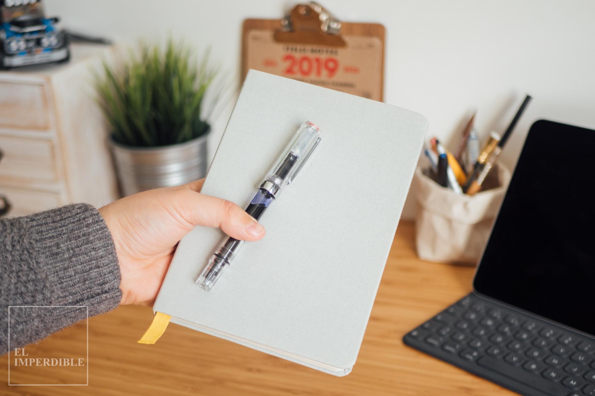 Kit de papelería para escritores Baron Fig BaronFig Confidant Twsbi ECO Clear