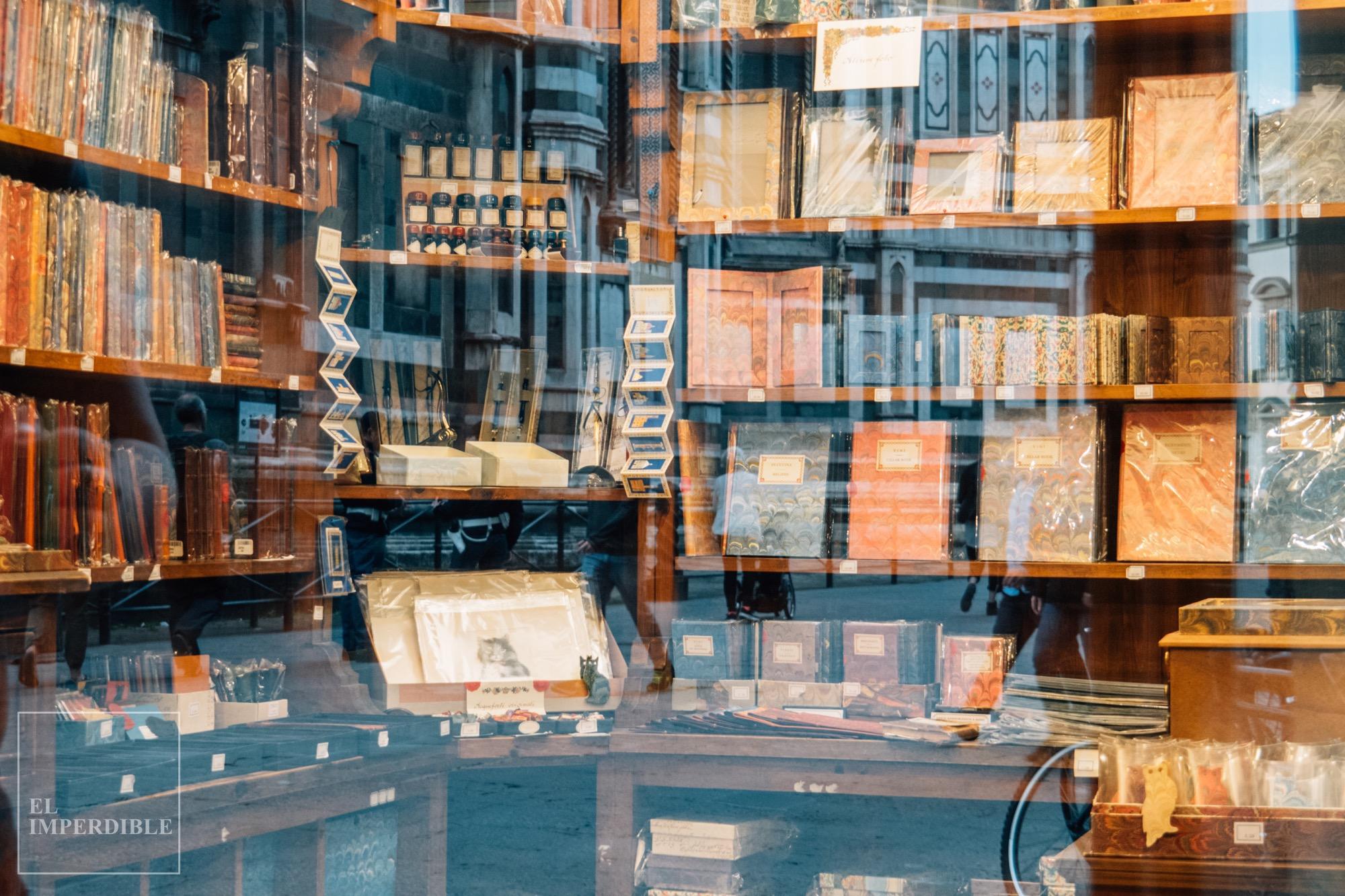 Las mejores tiendas para ir de compras por Florencia Il Papiro papelería